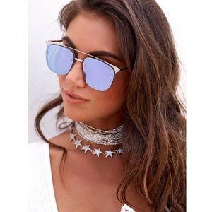 QUAY • Lavender Mirror Sunglasses